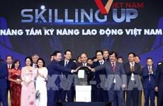 Llama presidente de Vietnam a mejorar habilidades laborales