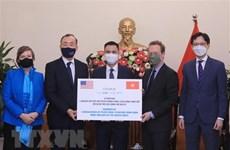 Vietnam recibe simbólicamente 1,5 millones de dosis de vacuna contra el COVID-19