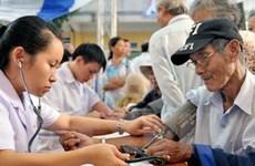 Envejecimiento de población limitará crecimiento económico de Vietnam, según BM