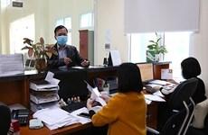 Hanoi elimina 28 procedimientos administrativos en inversión
