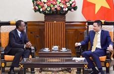 Fortalecen cooperación económica Vietnam y países francófonos
