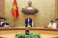 Primer ministro de Vietnam alaba respuesta de sindicatos nacionales a la lucha antiepidémica