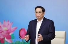 Premier de Vietnam destaca necesidad de continuar medidas antiepidémicas
