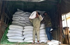 Vietnam ayuda a pobladores afectados por el COVID-19 con miles de toneladas de arroz