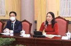 Vicepresidenta de Vietnam recibe a diplomáticas extranjeras