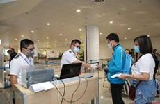 Viceprimer ministro pide facilitar la salida y entrada de vietnamitas y extranjeros