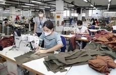 Vietnam flexibiliza medidas para acelerar la recuperación económica