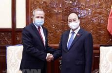 Reitera Vietnam apoyo a Argelia en explotación del potencial de recursos naturales