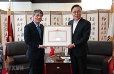 Enaltecen al cónsul general honorario de Vietnam en Corea del Sur