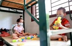 Brindan en Vietnam asistencia a niños afectados por el COVID-19