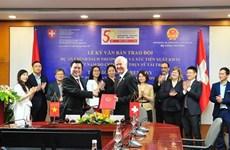Suiza apoya a Vietnam a promover políticas comerciales y exportaciones