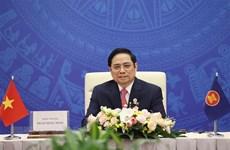 Premier vietnamita insta a fortalecer relaciones con países de Asia Oriental