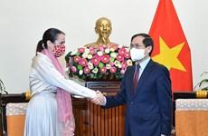 Profundizan asociación estratégica entre Vietnam y Nueva Zelanda