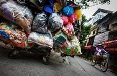 Vietnam apunta a construir alianza de supermercados para reducir el uso de nilón