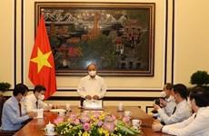 Presidente de Vietnam trabaja con la Revista Comunista