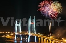 Inauguran puente atirantado Phu My