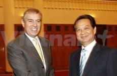 Premier vietnamita recibe a príncipe británico