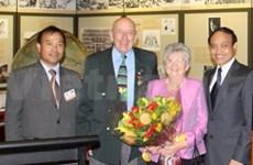 Honran a embajador de Operación Sonrisa Viet Nam