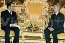 Viet Nam y Cambodia profundizan relaciones
