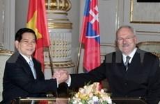 Presidente vietnamita visita Eslovaquia