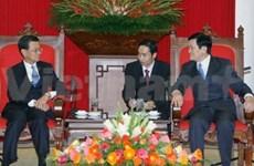 Viceprimer ministro de Singapur visita Viet Nam