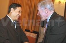 Vicepremier vietnamita recibe a diplomático estadounidense