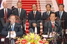 Dialoga premier vietnamita con homólogo neozelandés