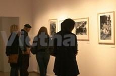 En Paris exposición sobre la guerra en Viet Nam