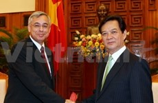 Impulsan cooperación entre Viet Nam y Suiza