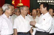 Premier vietnamita conversa con electores