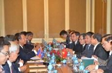 Vietnam y Cambodia impulsan cooperación de transporte