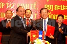Vietnam y Laos incrementarán intercambio comercial y económico