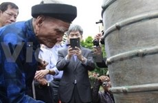 Entrega Sudcorea instrumentos musicales antiguos a Vietnam