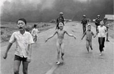 """Famosa foto """"La niña de Napalm"""" cumple 40 años"""