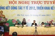Premier vietnamita urge aliviar sobrecarga en hospitales
