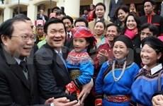 Departe presidente con minorías étnicas vietnamitas