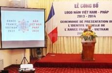 De visita en Vietnam canciller francés
