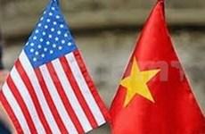 Vicepremier con estudiantes vietnamitas residentes en EE.UU.
