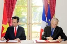Vietnam y Francia establecen asociación estratégica