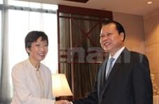 Vietnam dispuesto a captar experiencias de Singapur