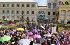 Gobierno tailandés se compromete a contenerse ante manifestantes