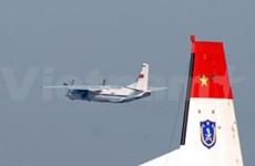 Vietnam extiende a la tierra el rastreo del avión malasio