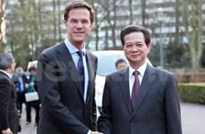 Premier vietnamita sostiene encuentros de alto nivel en La Haya