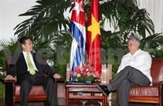 Vietnam y Cuba vigorizan relaciones bilaterales