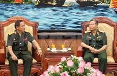 Fomentan cooperación técnica entre ejércitos Vietnam y Laos