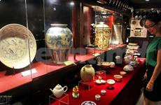 Galería de antigüedades en el hotel City Star