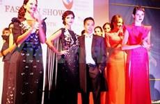Presentan en Roma colecciones de modistos vietnamitas