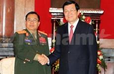 Presidente vietnamita recibe a ministro de Defensa de Laos