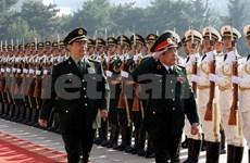Ministro vietnamita de defensa dialoga con altos líderes chinos