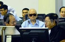 Aplazan juicio contra exlíderes jemeres tras boicot de la defensa
